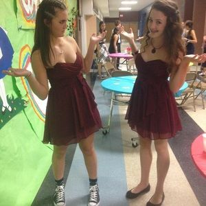 Dresses & Skirts - Red homecoming dress!